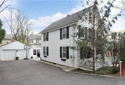 1121 Old Northern Boulevard Roslyn NY 11576
