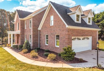 123 Somerset Place Marion NC 28752