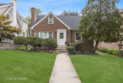 421 S Quincy Street Hinsdale IL 60521