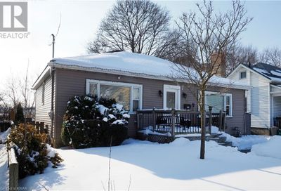 80 Roseview Avenue Cambridge ON N1R4A7