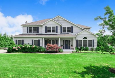 8 Overlook Road Brookhaven NY 11719