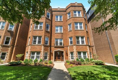 7346 Lake Street River Forest IL 60305