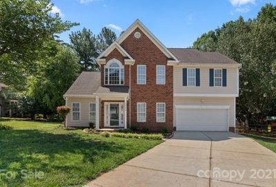 6008 Forest Pond Drive Charlotte NC 28262