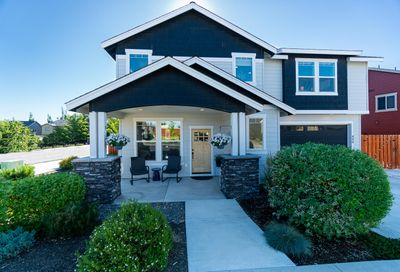 490 NW 28th Street Redmond OR 97756