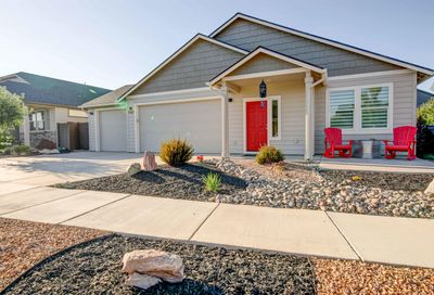 2423 NW Ivy Avenue Redmond OR 97756