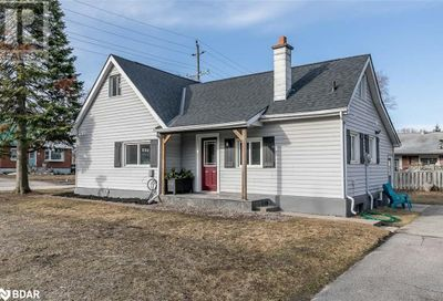 46 Campbell Avenue Barrie ON L4N2Y4