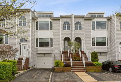 241-60 Oak Park Drive Douglaston NY 11362