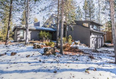 17720 Sparks Lane Sunriver OR 97707