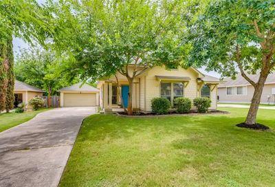 1121 Twin Cove Kyle TX 78640