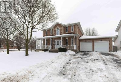 Fieldstone Drive Kingston ON K7K7E2