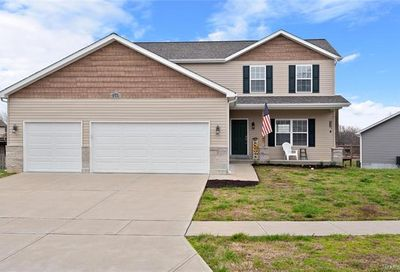 2144 Meadow Grass Pacific MO 63069
