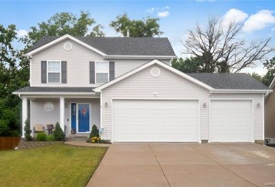 1827 Waters Edge Way Pevely MO 63070