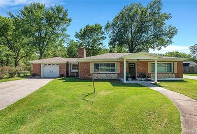 3452 Baumgartner Road Unincorporated MO 63129