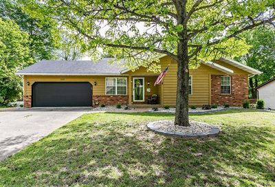 102 Echo Ridge Collinsville IL 62234