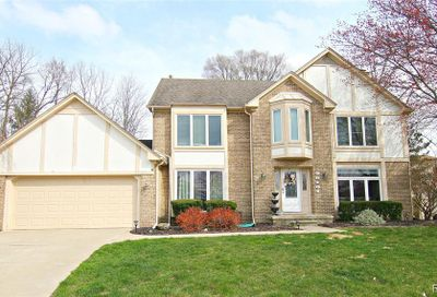 39101 Oxbow Court Farmington Hills MI 48331