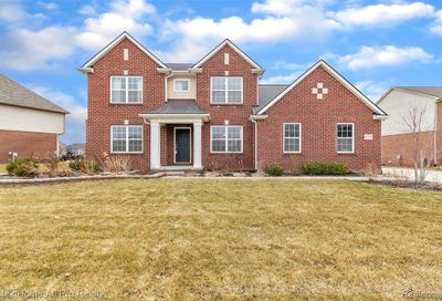 61171 Saddlecreek Drive Lyon Twp MI 48178