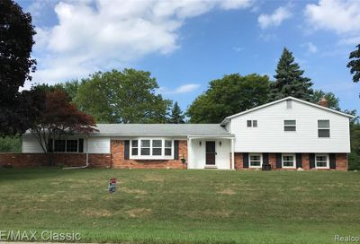 6358 Buxton Dr West Bloomfield Twp MI 48322
