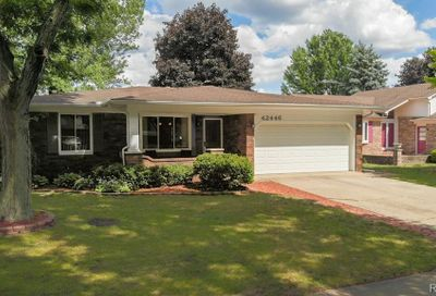42446 Sycamore Drive Sterling Heights MI 48313