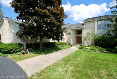 4866 Fairview Court West Bloomfield Twp MI 48322