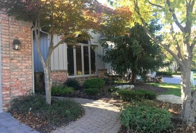 7083 Daventry Woods West Bloomfield Twp MI 48322