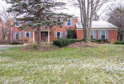 5677 Plum Crest Drive West Bloomfield Twp MI 48322