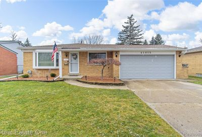 41915 Montroy Drive Sterling Heights MI 48313
