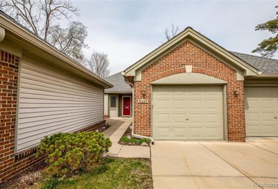 21447 Archwood Circle Farmington Hills MI 48336