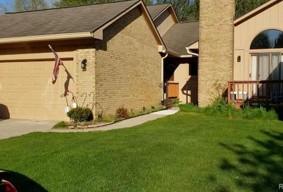 21970 River Ridge Trail Farmington Hills MI 48335