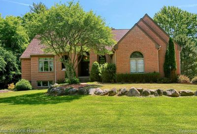 4735 Halsted Road West Bloomfield Twp MI 48323