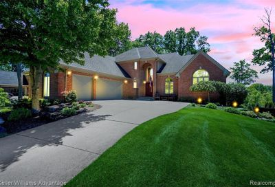 4351 Forest Hill Drive Commerce Twp MI 48382