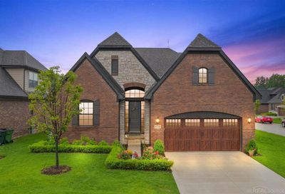 53201 Enclave Circle Shelby Twp MI 48315