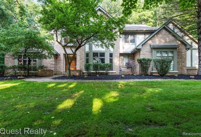 8065 Woodview Road Independence Twp MI 48348