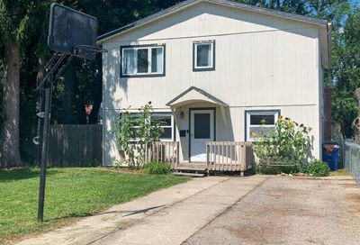 1112 Lakeview Street Waterford Twp MI 48328