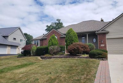 1061 Forest Bay Drive Waterford Twp MI 48328