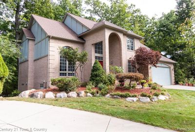 2064 Christopher Court West Bloomfield Twp MI 48324
