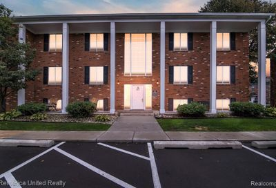 407 W West St Hig A-10 Howell MI 48843