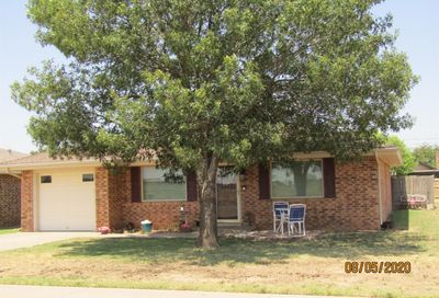 603 Holly Street Levelland TX 79336