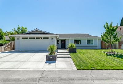 116 Westwood Court Winters CA 95694