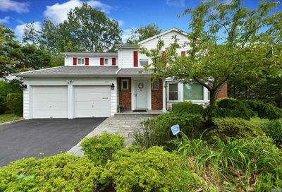 194 Continental Drive Manhasset Hills NY 11040
