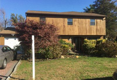 53 Orient Ave Avenue Brentwood NY 11717
