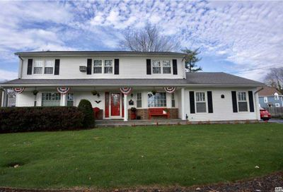 24 Meadow Lane Hicksville NY 11801