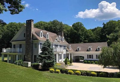 8 Gracewood Court Cove Neck NY 11771