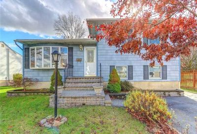 2672 Fisher Ln Bellmore NY 11710