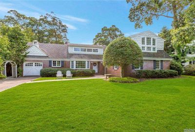 45 Orchard Drive Brightwaters NY 11718