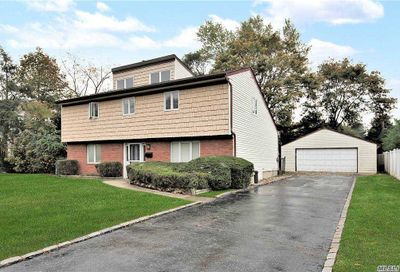 208 Haypath Road Old Bethpage NY 11804