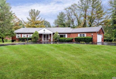 4 Dogwood Court Upper Brookville NY 11545