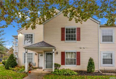 204 Fairview Circle Middle Island NY 11953