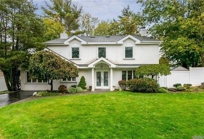 10 Dover Lane Old Bethpage NY 11804