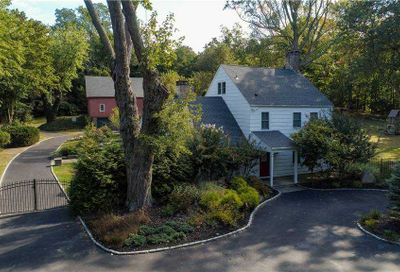 35 Gnarled Hollow Road E. Setauket NY 11733