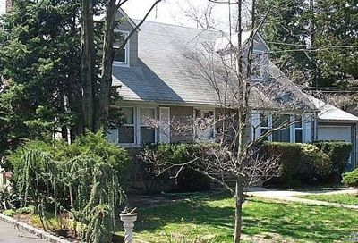15 Searingtown Avenue Searingtown NY 11507